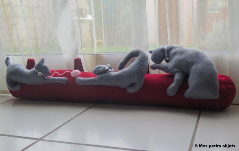 """N° 11 : Boudin de porte """"Les chats joueurs"""""""