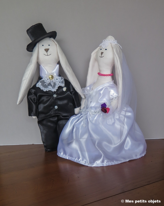 """N° 22 : Cale-porte """"Les mariés Lapinous"""""""