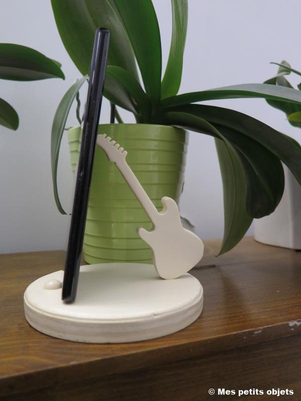 N° 5 Guitare électrique